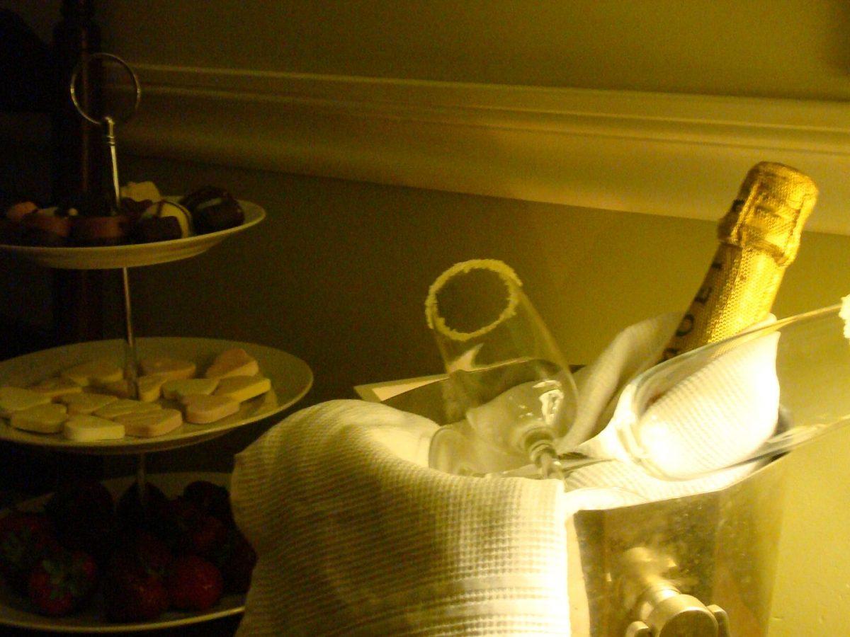 bruidssuite romantisch overnachten champagne bruiloft-03
