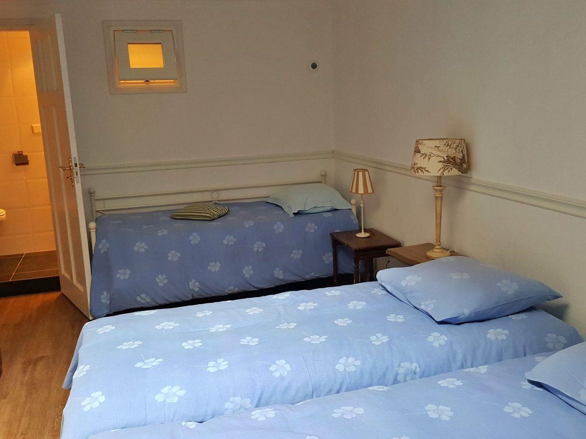hotelkamer met douche bedandbreakfast hoorn lanormande-10