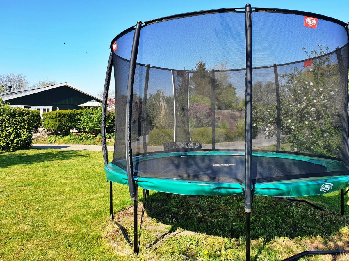 trampoline speeltuin vakantie bed and breakfast hoorn lanormande-04