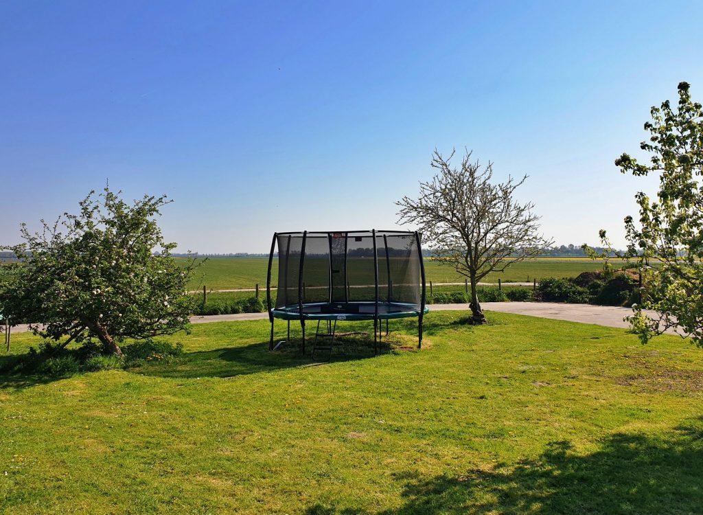 trampoline speeltuin vakantie bed and breakfast hoorn lanormande-08