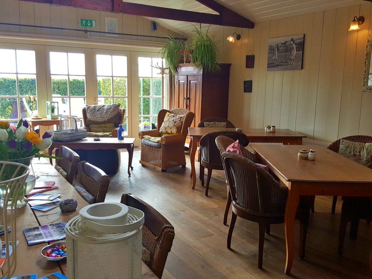 vakantie in noord holland hotelkamer lanormande hoorn westwoud01