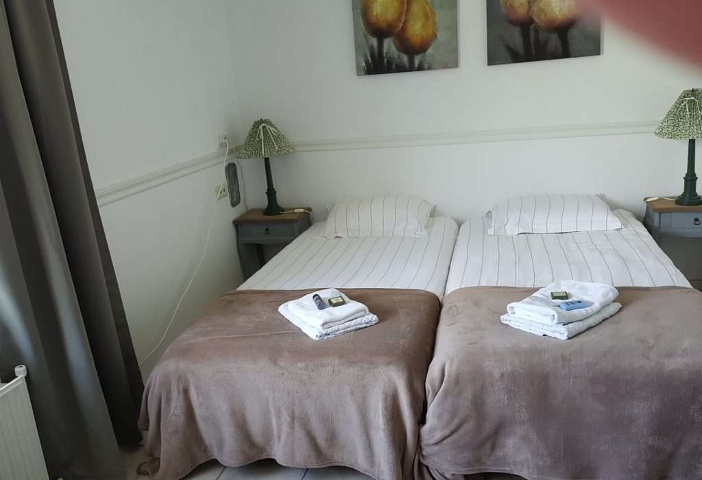 weekend bed and breakfast hoorn amsterdam noord holland hotelkamer